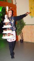 Behozom az emeletes tortát